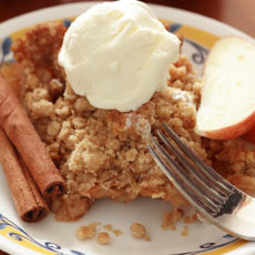 healthy homemade apple crisp