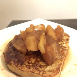 Gluten free French toast with apples and cinnamon